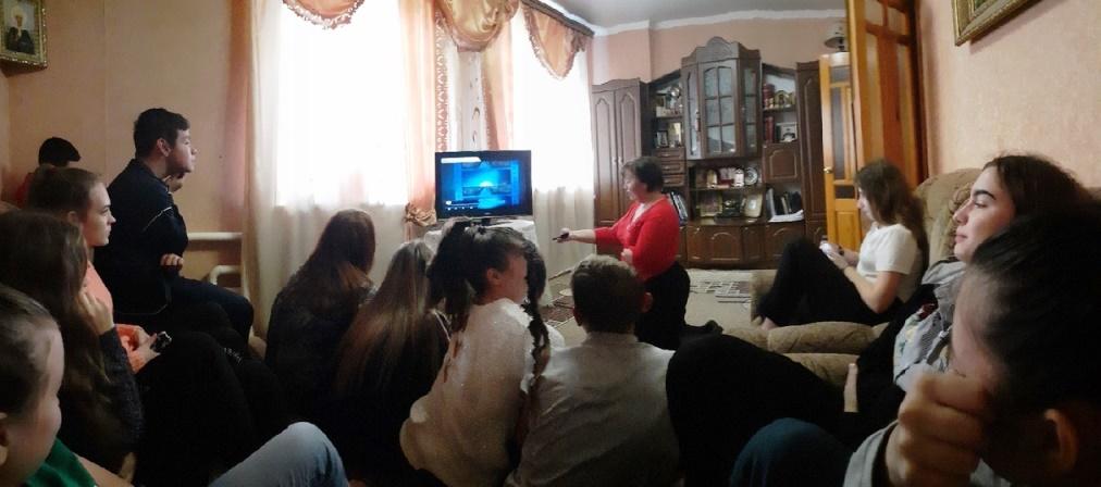 Духовный час в Хотмыжском православном молодежном клубе «Встреча»